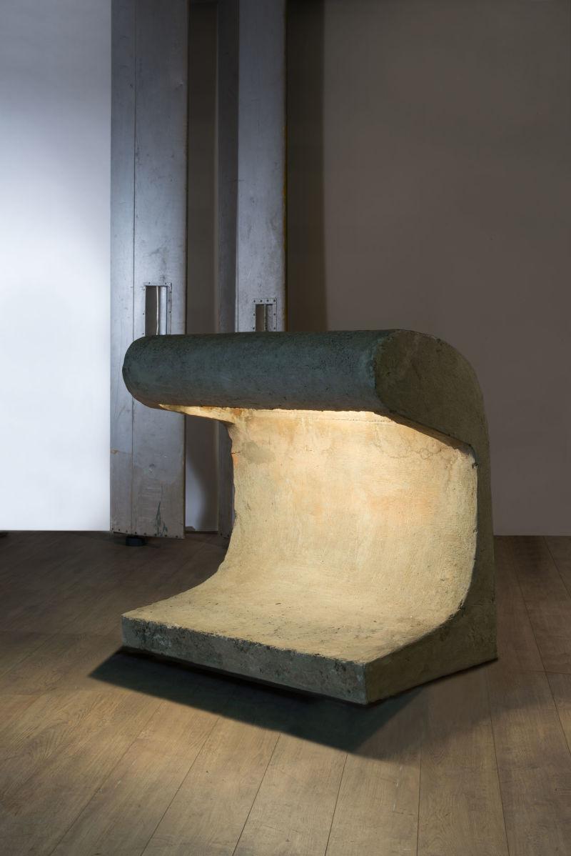 Le Corbusier, Banc-borne éclairant «Firminy»