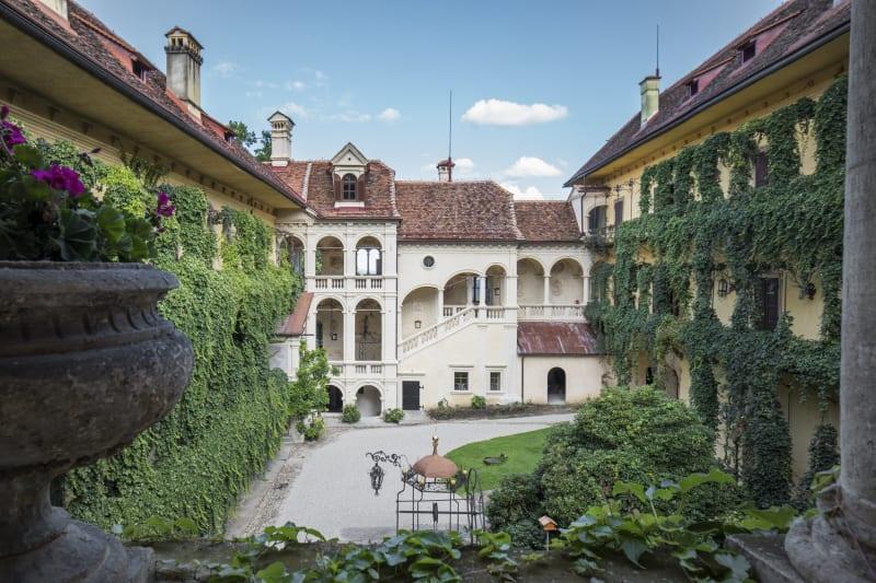 Schloss Hollenegg for Design