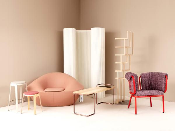 Zwölf Studenten des Beckmans Collge of Design entwarfen Möbelstücke für Blå Station, Gärsnäs, Johanson Design, Källemo, Massproductions oder Materia.
