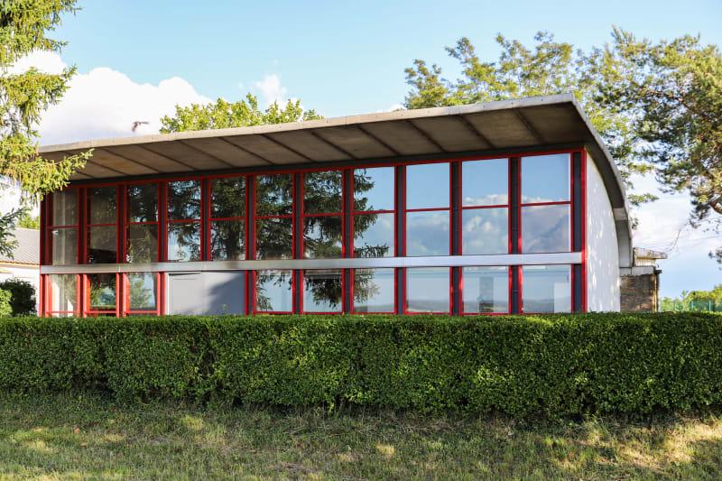 Flugplatz-Clubhaus von Jean Prouvé und Le Corbusier