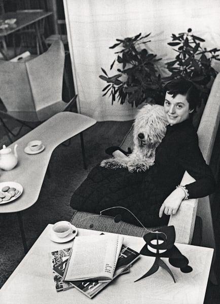 """Am 24. Mai 1917 wurde Florence Knoll (Bild von 1948) geboren, """"Totales Interieur, totaler Raum"""", war ihre Devise."""
