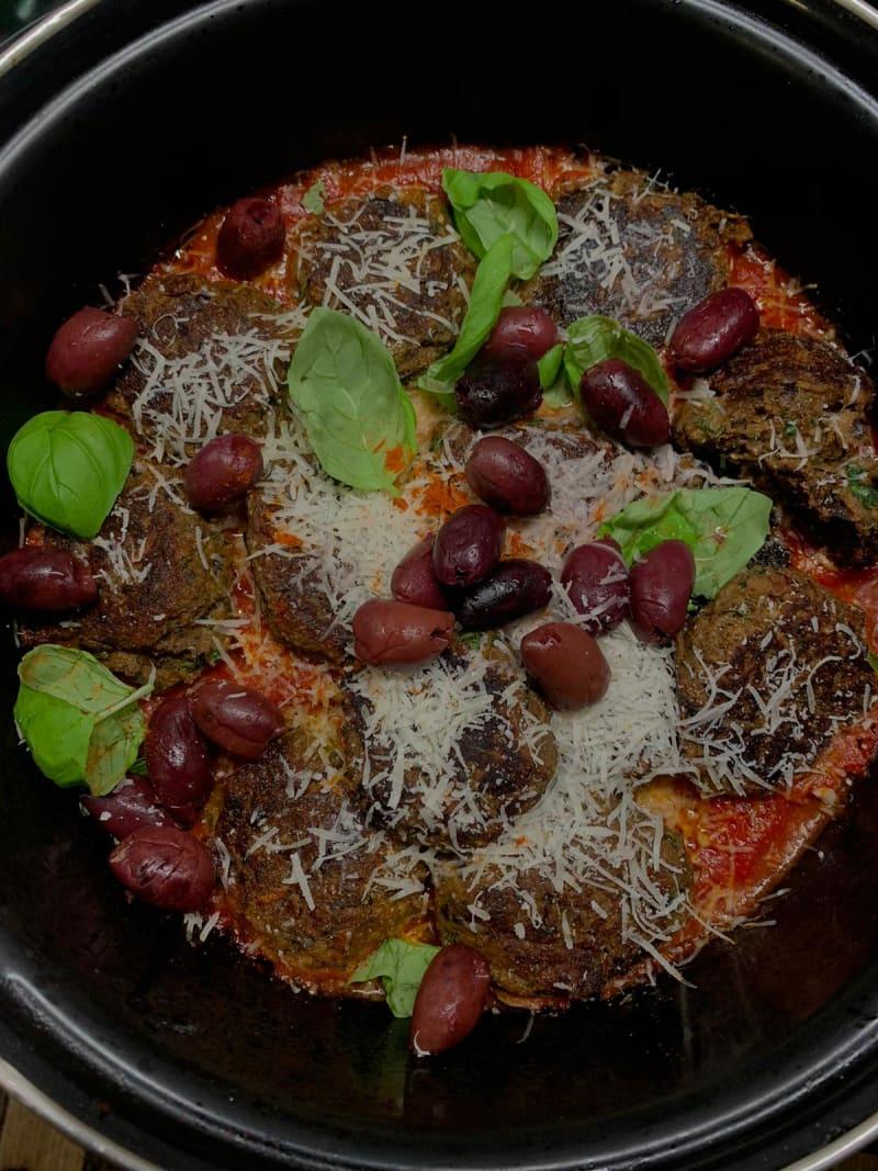 Ottolenghi Rezept Auberginen Bällchen mit Parmesan
