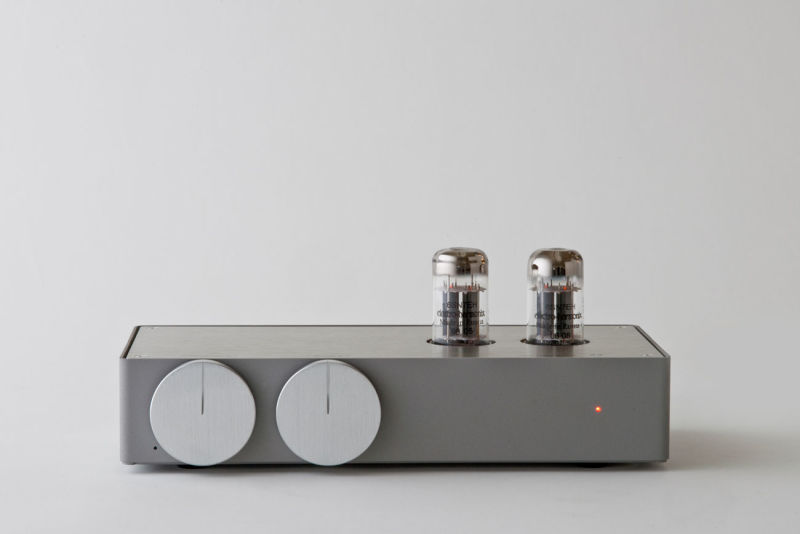 22 [tu:tu:] 2009, Hybrid Tube Amplifier
