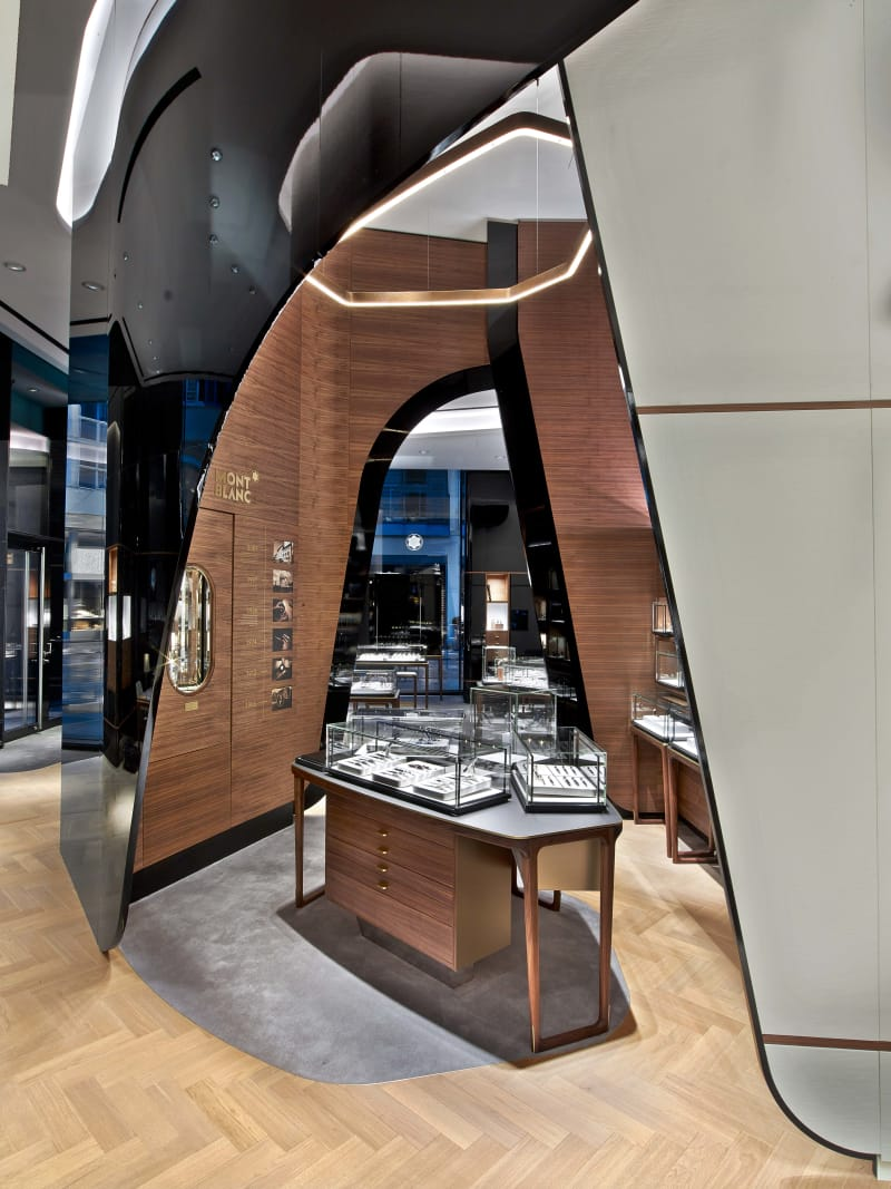 Mont Blanc Flagship Store 3