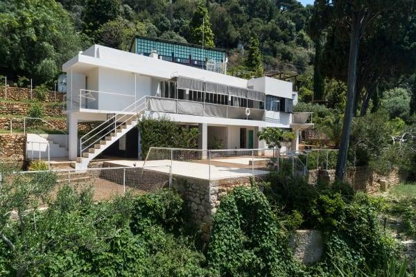 Die Villa E.1027 von Eileen Gray und Jean Badovici im französischen Roquebrune-Cap-Martin.