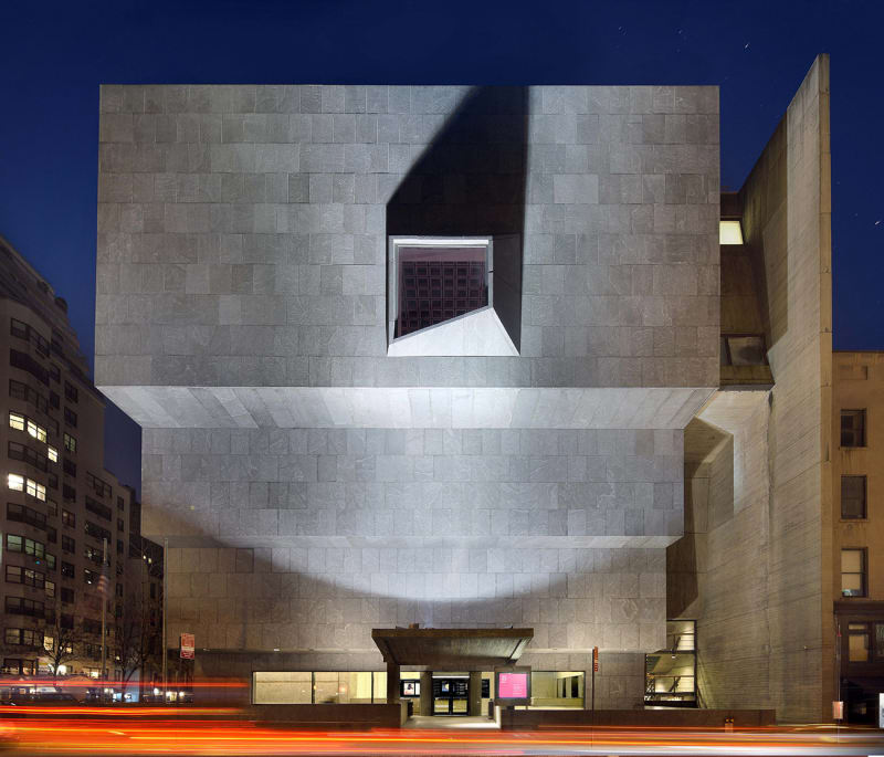 2.-The-Met-Breuer--front_photograph-by-Ed-Lederman