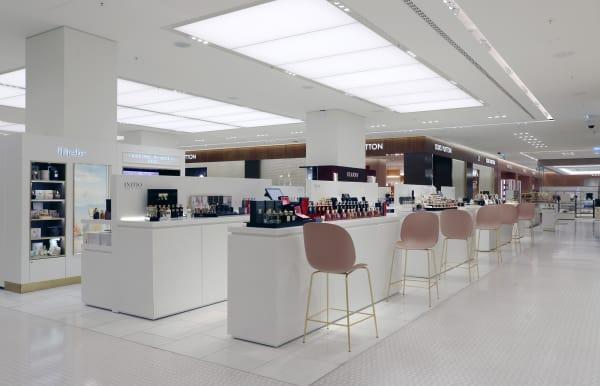 Minimalismus und Konsum ist für den britischen Architekten kein Oxymoron.