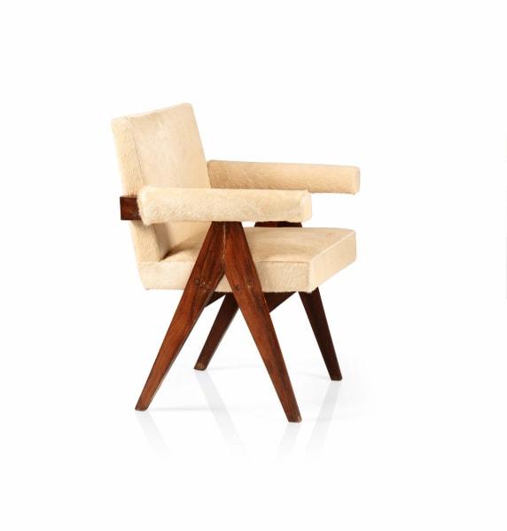 """Pierre Jeanneret: """"Committee Armchair. Pj-Si-30-A"""", ca.1959-1960, 2 Stück. Schätzpreis: 10000 - 15 000 Euro."""