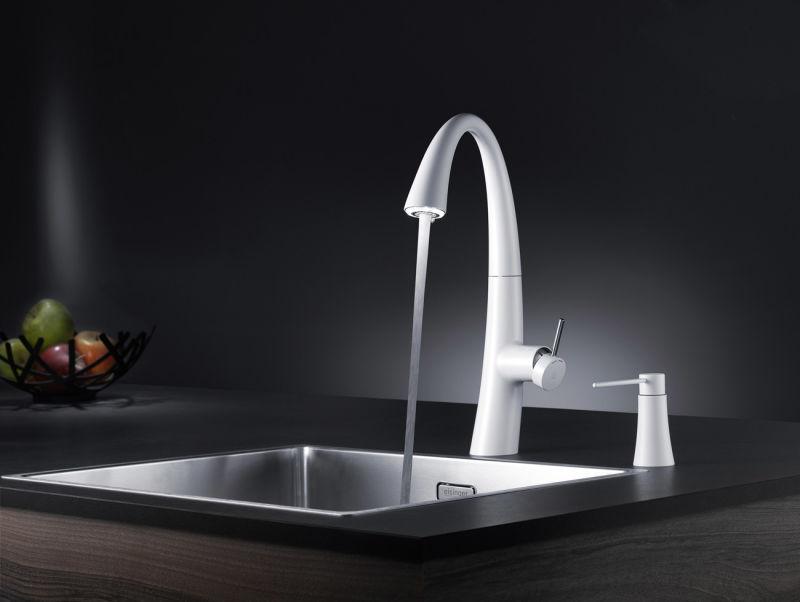 gewinnspiel k chenamatur zoe von kwc ad. Black Bedroom Furniture Sets. Home Design Ideas