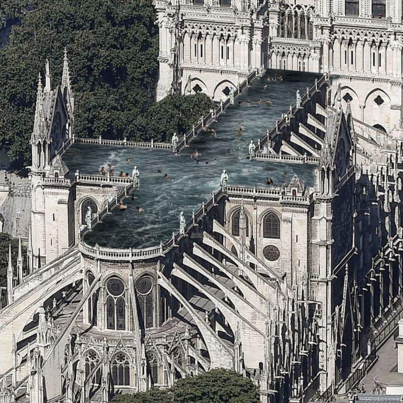 Notre Dame als Schwimmbad