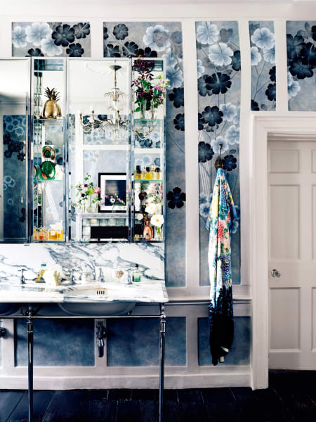 Das ist das Bad von Kate Moss.