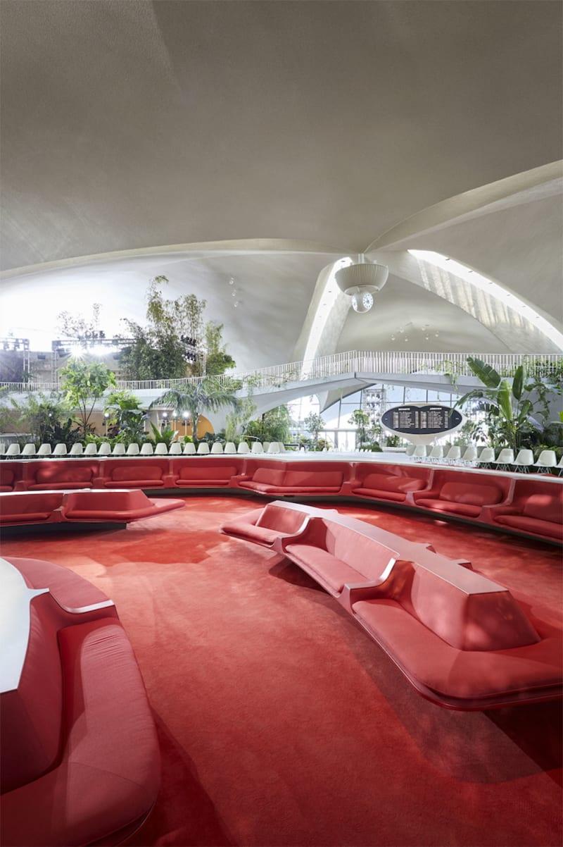 Louis Vuitton Cruise Show