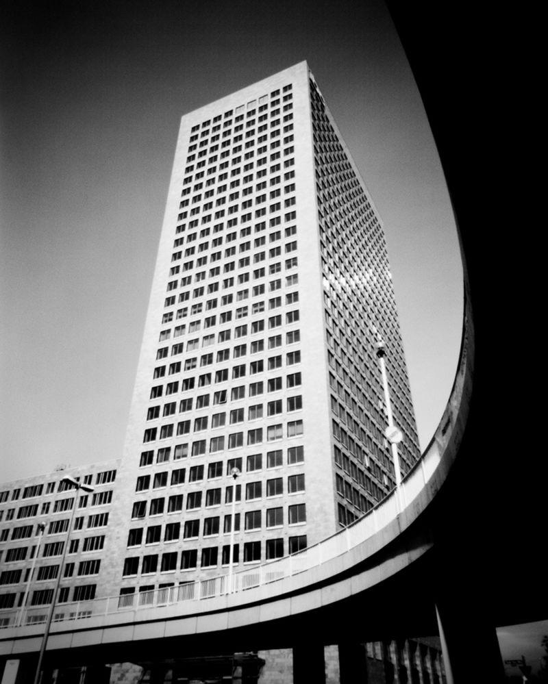 Chomicki Investment Banking Center