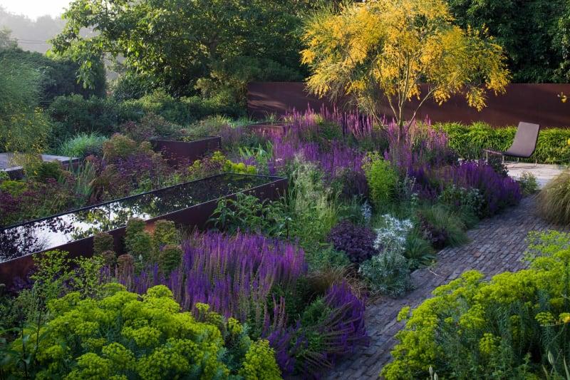 The Barn Garden Tom Stuart-Smith