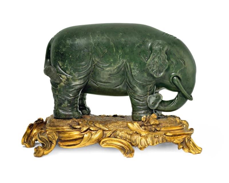 Jade-Elefant