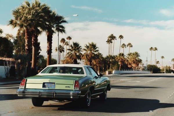 Die Oldtimer gehören zu Palm Springs wie der Midcentury Modernism…