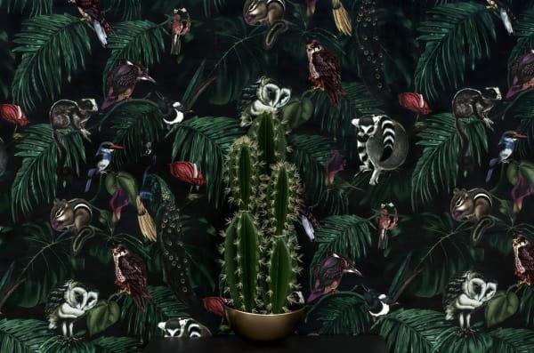 """Who is watching you? Tapete """"Amazonia Dark"""" von Witch & Watchman, 52 x 1000 cm, 240 Pfund über witchandwatchman.com"""