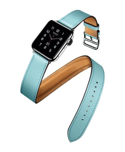 """""""Double Tour"""" von Apple und Hermès mit einem Armband aus Epsom-Kalbsleder in der Farbe """"Bleu Zephyr"""", 1499 Euro. hermes.com."""