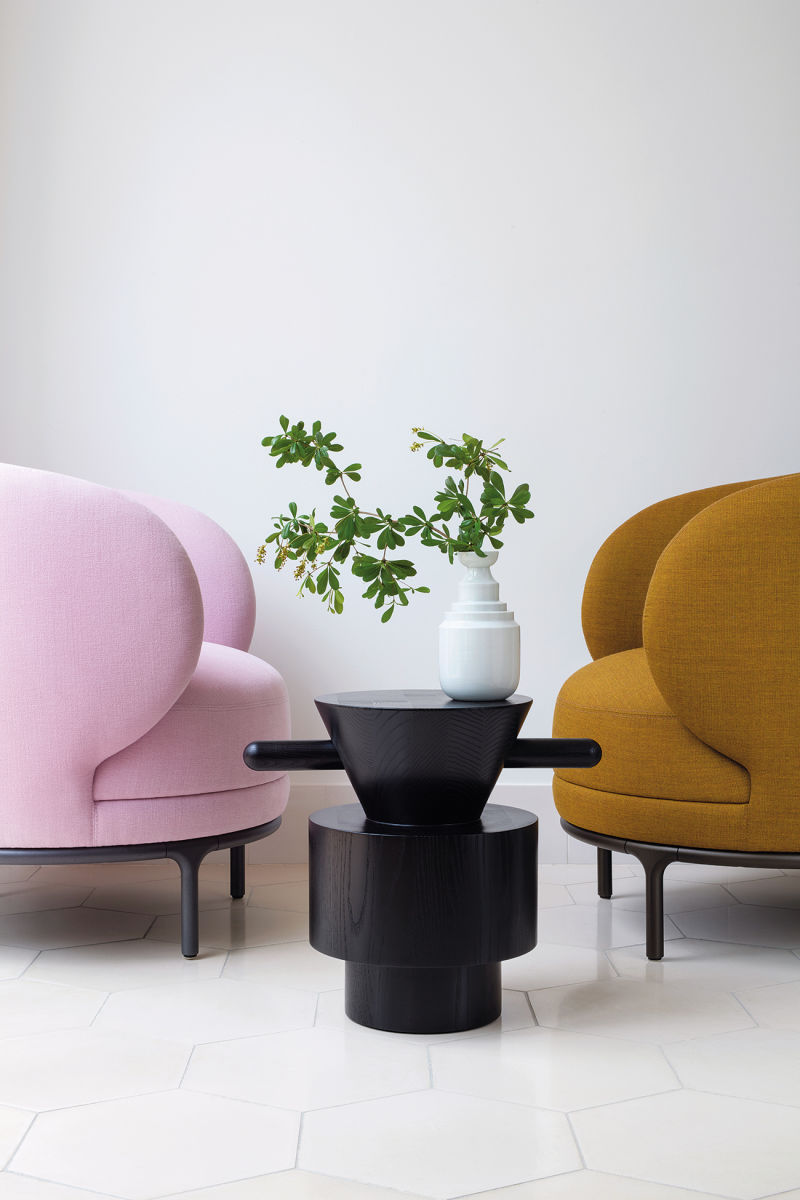 Jaime Hayons Vuelta Lounge Chairs