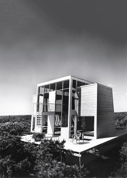 Einer der wenigen bis heute erhaltenen Entwürfe Andrew Gellers musste 1970 als Drehort eines Softpornos herhalten: Das zweistöckige Frank House von 1958 zählt zu seinen bekanntesten Entwürfen.