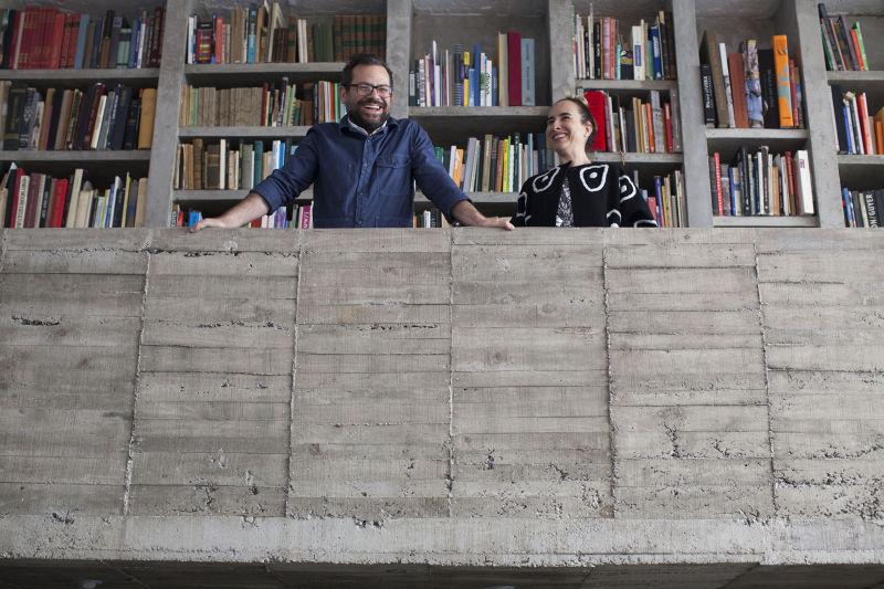 Pedro Reyes und Carla Fernández A