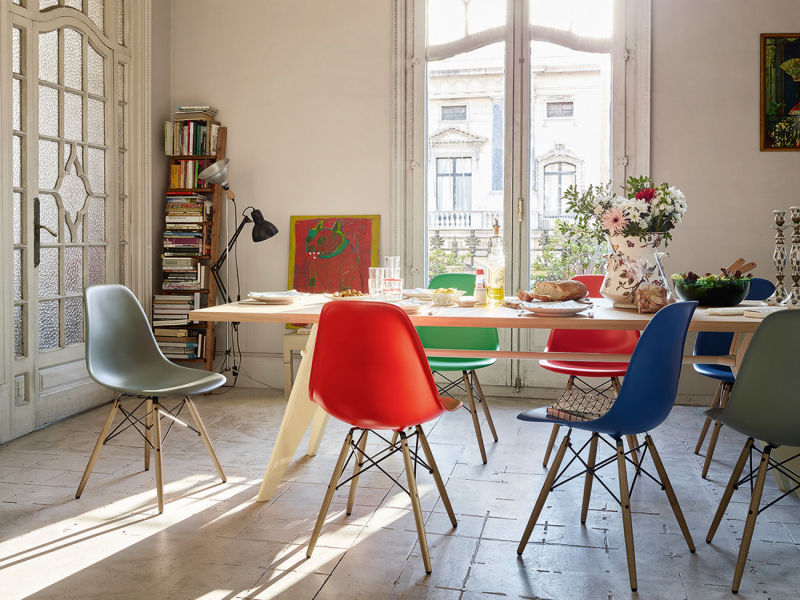 Cairo_eames_dsw_table_ambiente