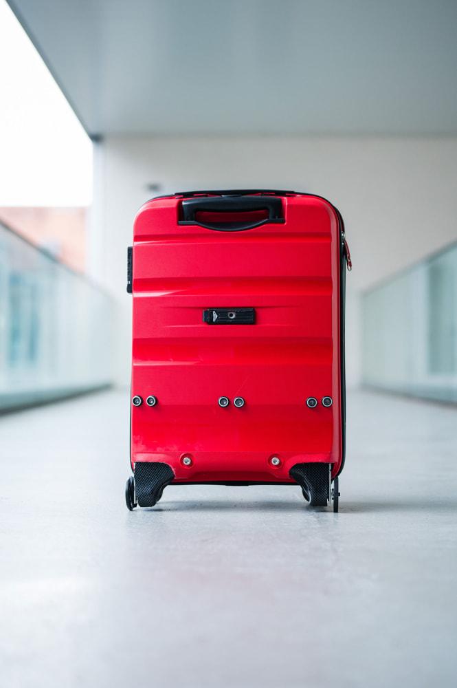 Nie wieder Kofferschleppen – dank diesem smarten Gepäckstück