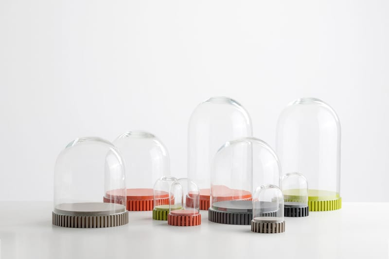 Kartell02_DING-DONG-BY-P.STARCK-withAmbroise-MAGGIAR
