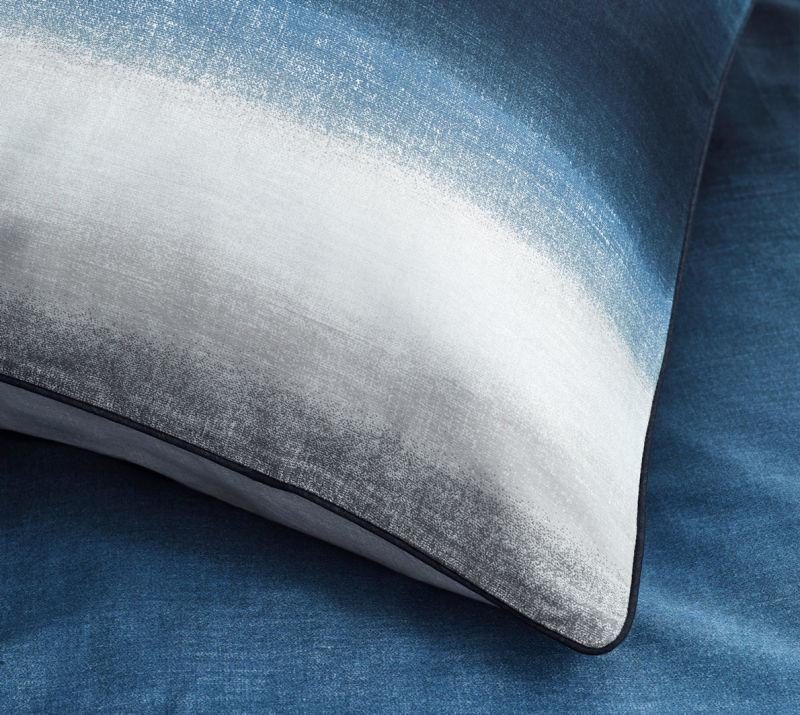 730085-100-GRADA-Blue_Detail