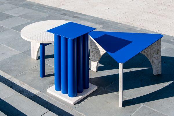 """Die Tischchen """"TuttoSesto"""" sehen nicht nur gut aus, sie sind auch nachhaltig produziert: Die Überreste, die beim Zuschneiden der runden Tischplatte entstehen, finden sich als Tischbeine wieder."""