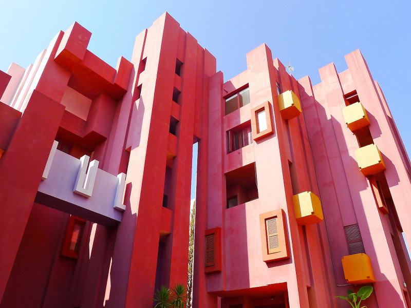 """3. """"Muralla Roja"""" von Ricardo Bofill in Alicante"""