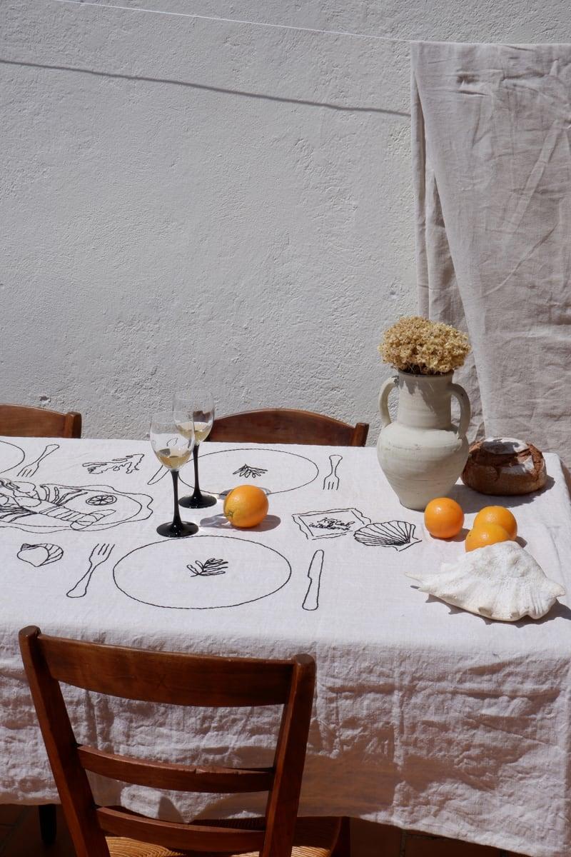 4. Tischlein deck dich!