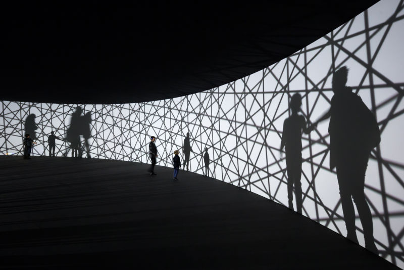 Olafur-Eliasson,-Map-for-unthought-thoughts,-2014-Photo-Iwan-Baan