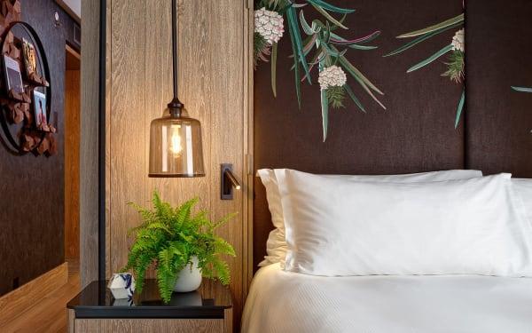 """Die """"erste vegane Hotel-Suite der Welt"""" von Bompas & Parr im Hilton London Bankside."""