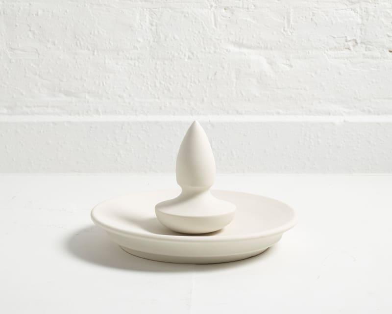 Skulptural: Porzellanmörser von John Julian