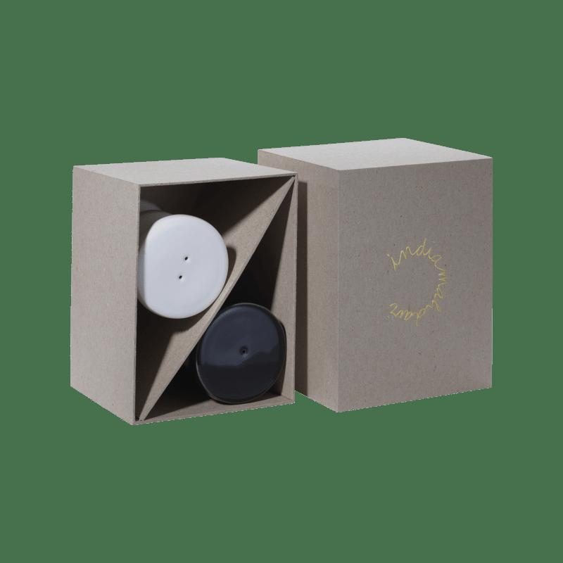 Box mit Salz- und Pfefferstreuer von India Mahdavi