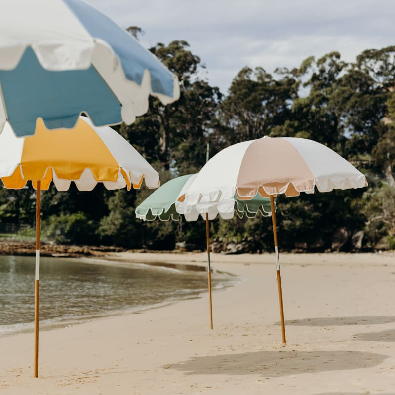 """The Weekend Umbrella"", Basjl Bangs"