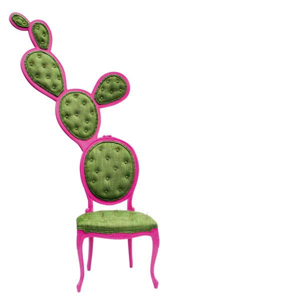 Stuhl von Valentina Gonzalez Wohlers aus Massiv- und Schichtholz, 3.345 Dollar über valentinagw.com.