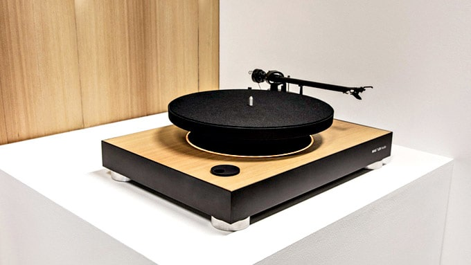 "4. ""First Levitating Turntable"""