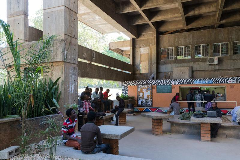 University of Zambia - UNZA, Lusaka (Zambia), von/by Julian Elliott, 1965-1970.