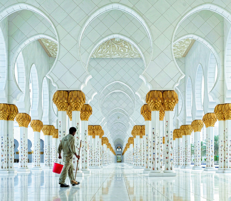2_Sheikh_Zayed_Grand_Mosque_by_Hoang_Long_Ly