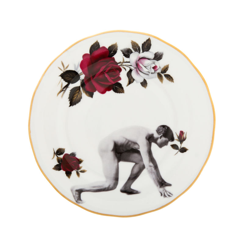 Man-on-the-Run-Roses-Side-Plate