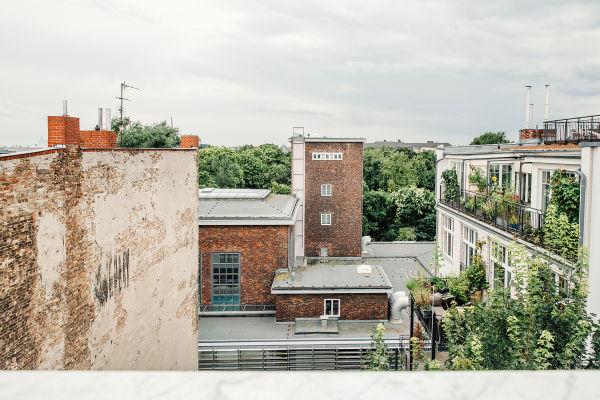 Blick aufs Stadtbad Schöneberg.