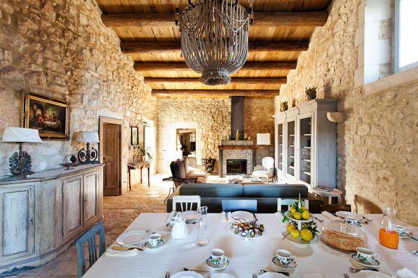 Die Villa bietet Platz für bis zu zehn Personen.