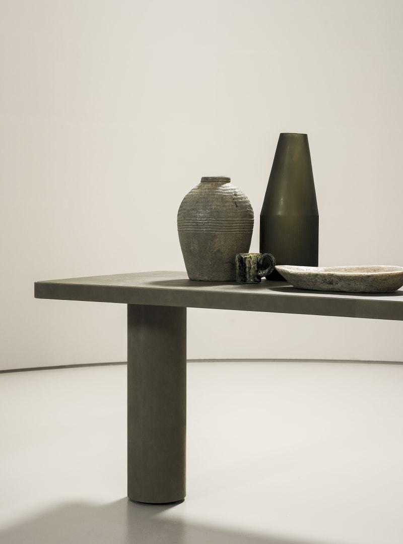 """Tisch """"Verba Volant"""" von Baxter"""