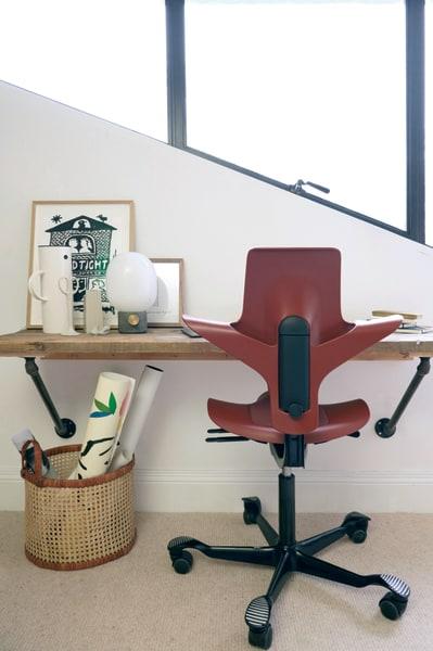 Haltungs-Bestnote: Der schlanke Bürostuhl für zu Hause, der HÅG Capisco Puls,