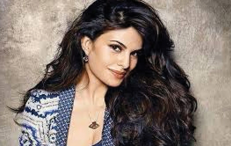 Jacqueline Fernandez – The new brand ambassador of Lotus WhiteGlow