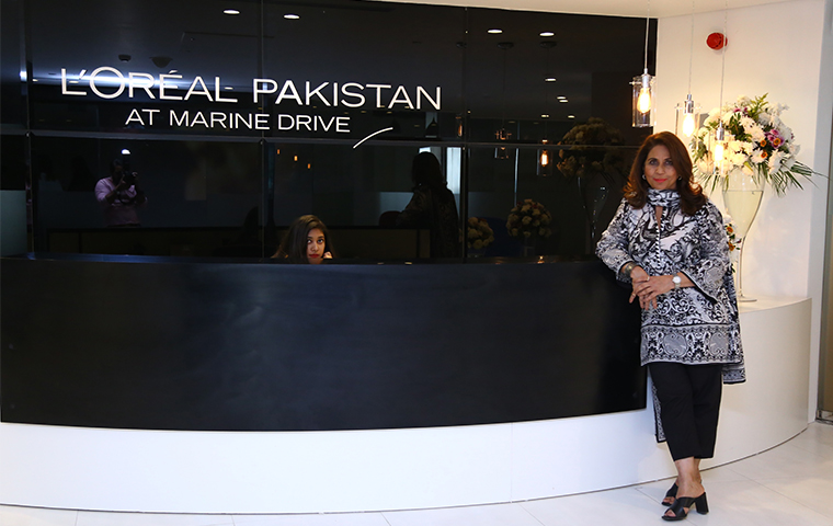 L'Oreal Paris opens its first store in Pakistan