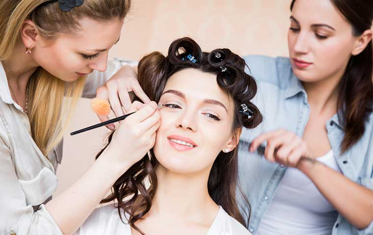 Make-up artists and hairstylists hit hard by Covid
