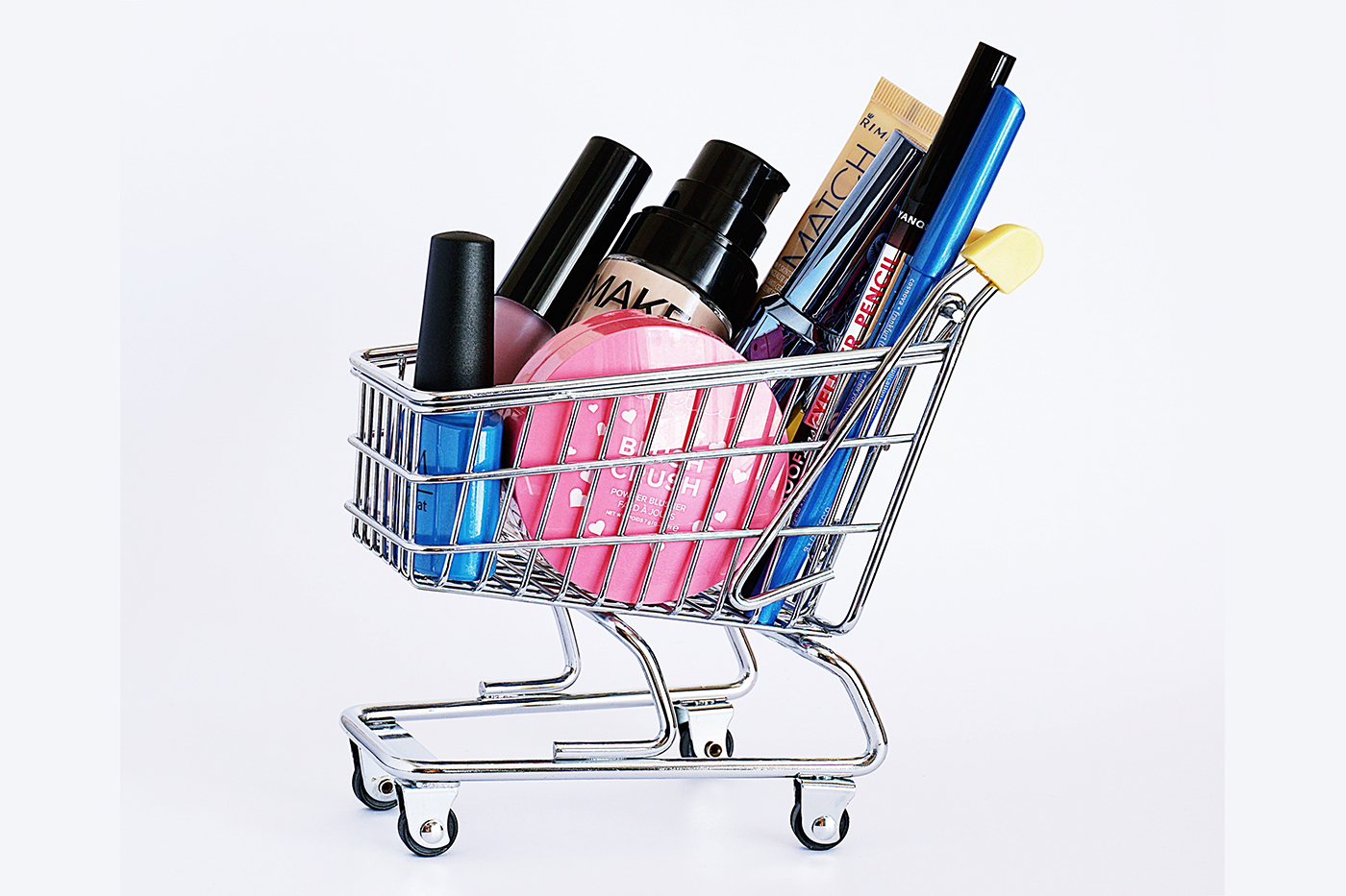 Double-digit growth in online beauty & fashion brands sales